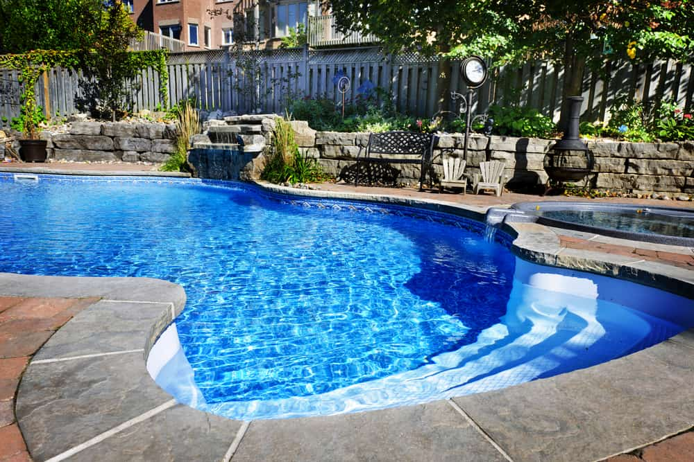 The Steps You Need to Take to Paint an In-Ground Swimming Pool